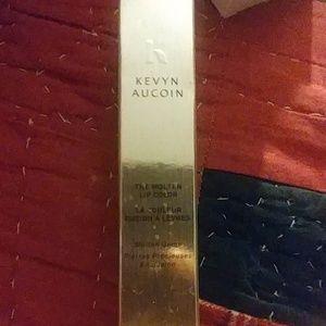 Kevin aucoin poppy topaz lip color